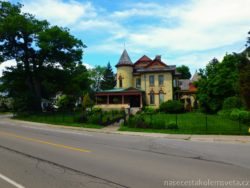 House in Niagara Falls Canada