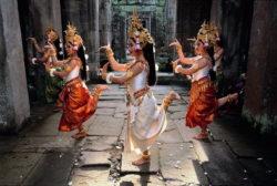 khmerský tanec, khmerské tančnice