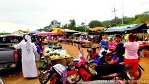 Koh Lanta food market