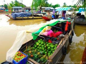 plovoucí trh Phong Dien