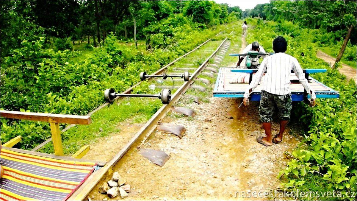 Train in Battambang